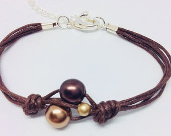 Brown waxed cotton bracelet 3 beads
