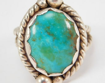 Gorgeous Turquoise Silver Vintage Southwest Ring Hand Forged