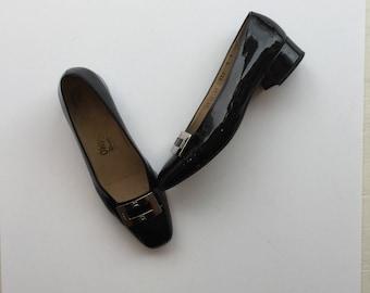Ferragamo 90s pumps | Vintage Ferragamo black patent leather shoes | 1990s Ferragamo silver buckle pumps