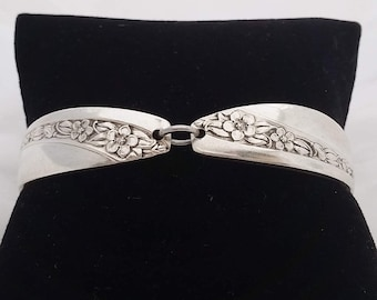 Queen Mary 1953 spoon bracelet, vintage silverware,Mother's day, ready to ship, free shipping and gift box, gifts for her