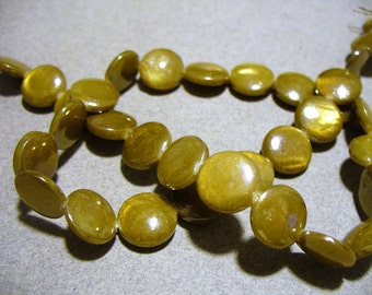Mother of Pearl Beads Olive AB Coin 10MM