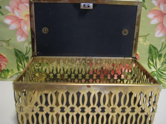 Cut Metal Box Purse