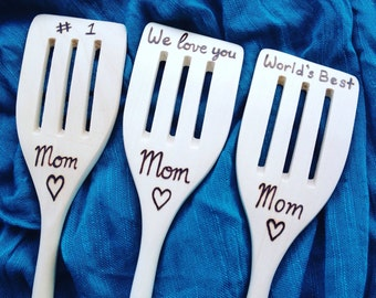 Personalized Mom Wooden Spoon - mothers day gift, love you mom, number 1 mom, worlds best mom, mom gift, mom kitchen, personalized, mom gift