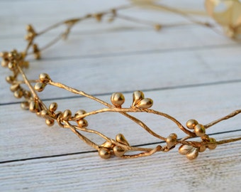 Gold bridal crown, Flower girl hair wreath, Bridal headpiece, Gold halo, Gold berry crown,Gold hair accessories, Toddler crown, Gold wedding
