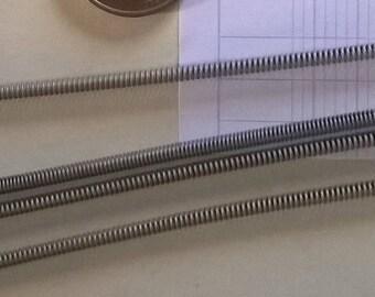 367) set of 5 metal springs