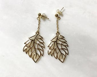 Gold Maple Leaf Gold Stud Earrings