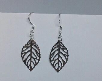 Leaf earrings, drop earrings, nature earrings, sterling silver, 925 silver, outdoor,