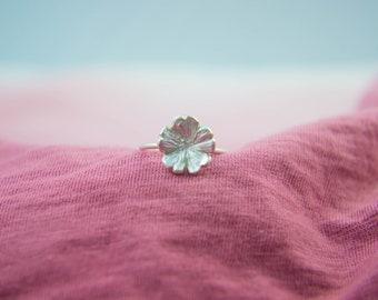 Silver Primrose Flower Ring, Size 5.75