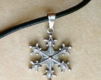 Snowflake Charm Black Leather Choker, Snowflake Pendant, Thin Leather Choker Necklace, Winter Charm - Snow flake Necklace by enchantedbeas