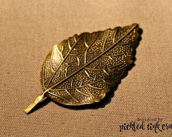Iron, Antique Bronze, Leaf with Computer Embossed Design, Jewelry Finding, 1 piece