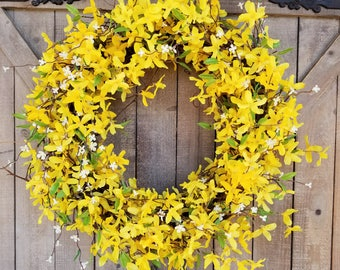"22"" Forsythia Wreath, Yellow Wreath, door Wreath, Summer Wreath, Front Door Wreath, Forsythia door wreath, Yellow door wreath, Spring Wreath"