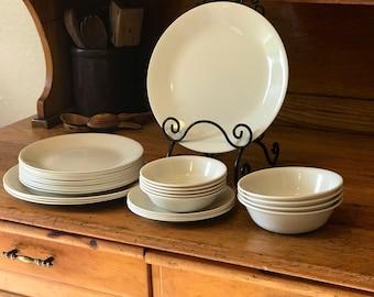 FREE SHIP - Corelle Sandstone Corelle dinnerware Ivory plates Vintage Corelle Dishes Sandstone plates Sandstone dinner plates vintage plates & Corelle dinnerware | Etsy