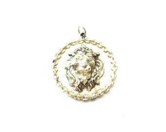 Unmarked Vintage Circular Shaped Gold Tone Metal 3 Dimensional / 3D Roaring Lion / Tiger Animal Medallion Pendant or Destash Supply