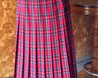 Red Wool Tartan Plaid Pleated Skirt from the UK.