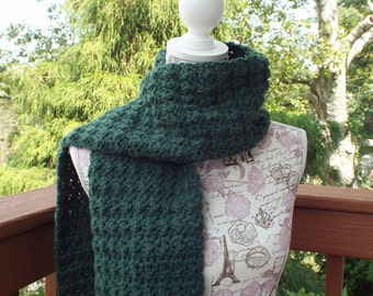 Pine Green Crochet Scarf, Womens Neckwarmer, Oversized Scarf, Long Winter Scarf, Fall Scarf, Chunky Scarf, Gift For Her, Winter Accessories