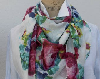 "Customized scarf ""Roses print"" cross stitch with snaps"