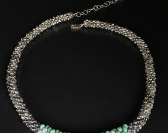 Chrysoprase bead crochet necklace