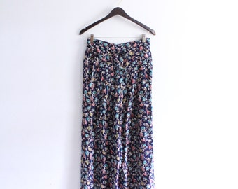 Soft Flower 90s Casual Pants
