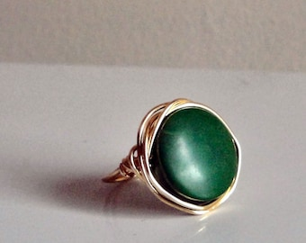 Green Bead Ring - Dyed Tagua Nut Disc Circle Bead - Wire-Wrapped with Bright Gold Wire - Custom Made in Your Size - Handmade to Order
