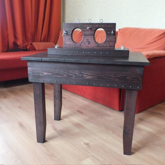 meubles bdsm menottes de cheville meubles de donjon bdsm. Black Bedroom Furniture Sets. Home Design Ideas