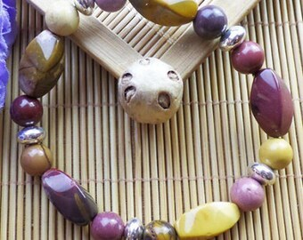 MOUKAITE: bracelet round beads and twist semi precious