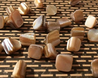 Natural Mother of Pearl Beads 25 Pieces