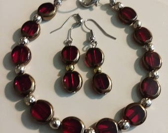 Gift for her/Jewelry Set/ Bracelet/Earrings/Garnets