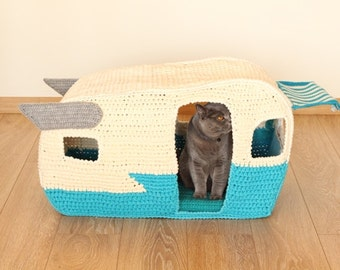 PATTERN: On the Road House, pet crochet bed, cat cave t-shirt yarn