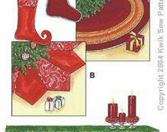Kwik Sew 3278 Tree Skirt, Stockings, Mantle Runner. New in Envelope.