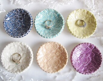Wedding favor,  round ring lace dish, Birthday favor, unique bridal shower favors, ceramic pottery