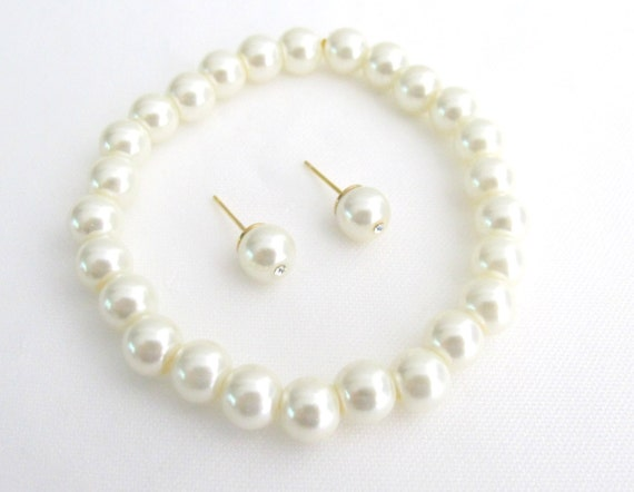 Stretchable Bracelet With Stud Earrings Faux Ivory Pearls Free Shipping In USA