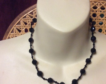 Vintage 1950's black glass beads collar necklace.