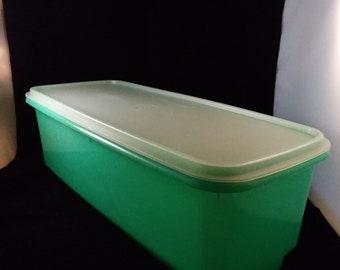 Tupperware Jadeite Green Easy Crisper