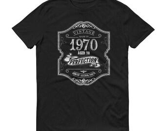 1970 Birthday Gift, Vintage Born in 1970 t-shirt for men, 48th Birthday shirt for him, Made in 1970 T-shirt, 48 Year Old Birthday Shirt