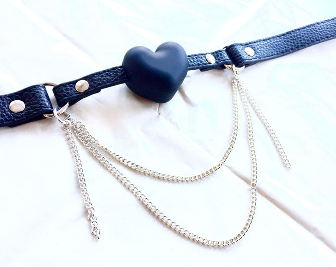 Featured listing image: Valyria Heart Gag