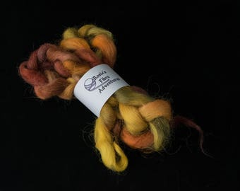 Devon tops. Devon braid. Uk indie dyer. Braid of fibre. Fiber for spinning. Devon wool. Hand painted fibre. Hand painted fibre.