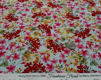 Farmhouse Floral Scattered (C6881) by Nancy Zieman sold by the yard
