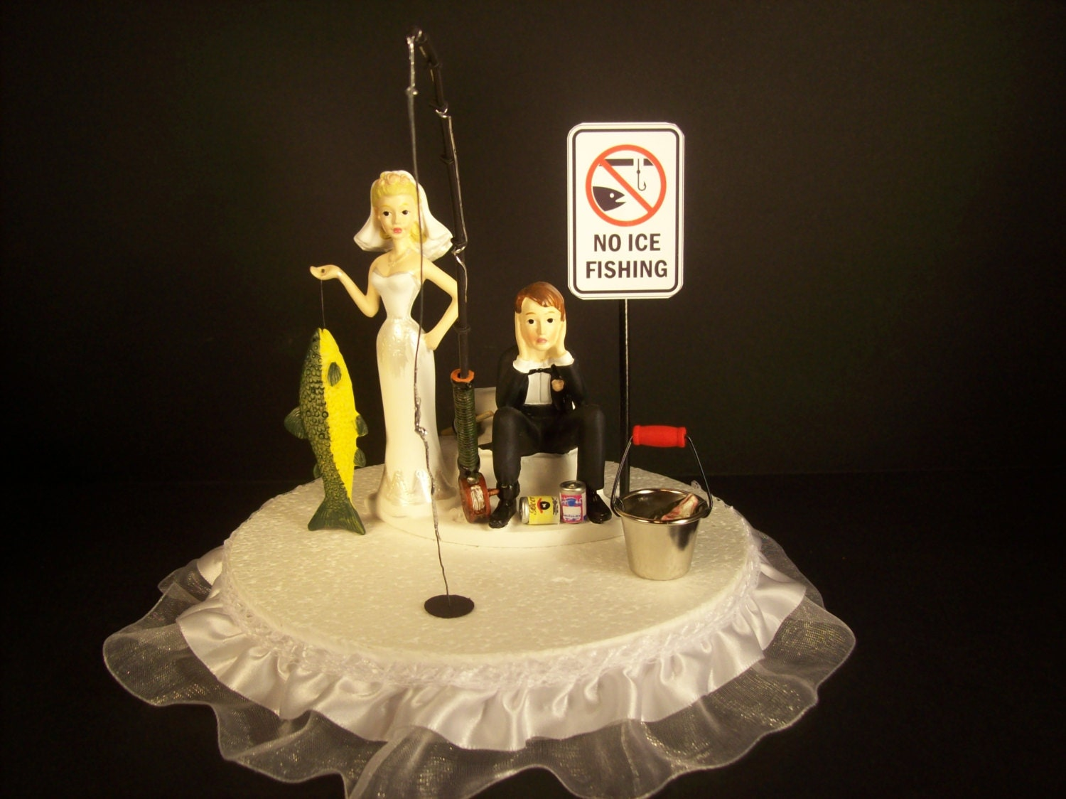 funny cake toppers fishing wedding cake topper and groom fish on 4424