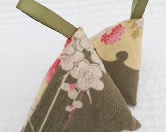 Lavender pyramid set, lavender sachet set, lavender bags, Japanese gift, lavender gift, housewarming gift, gift for her, teacher gift
