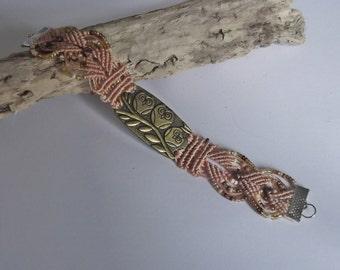 Owl bracelet - micro macrame bracelet.
