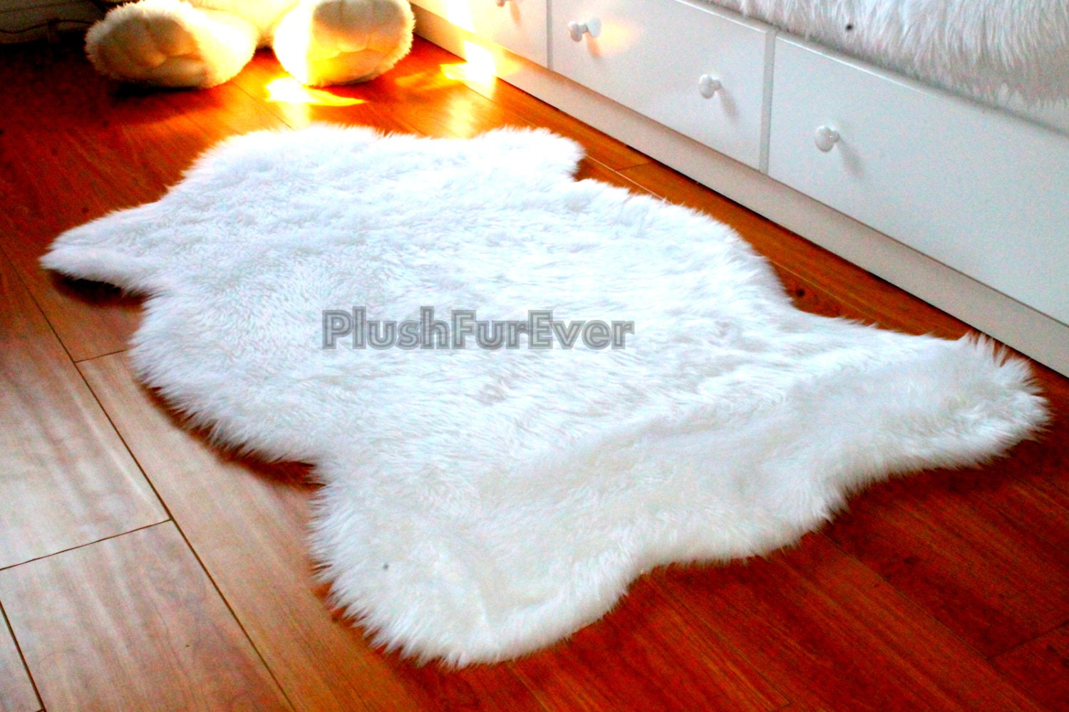 sheepskin to white interior floor blankets img for home rug fur faux and decorative bed rugs blanket