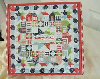 Bonnie and Camille, Vintage Picnic Kit for Moda Fabrics, Fabric Kit, Thimble Blossoms Pattern, Finished Size 70 x 70,
