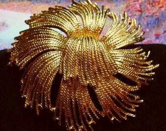 "Brooch-1970's MONET Large Tassel Circle Brooch in Gold Tone Excellent Condition, 2-5/8"" Diameter, Roll Over Clasp."