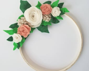 Felt Floral Wreath | Intriguing Ivory