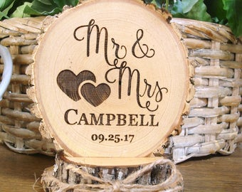 Customized Wedding Cake Topper, Personalized Cake Topper, Mr & Mrs Cake Topper, Engraved Custom Cake Topper, Wood Slice Cake Topper