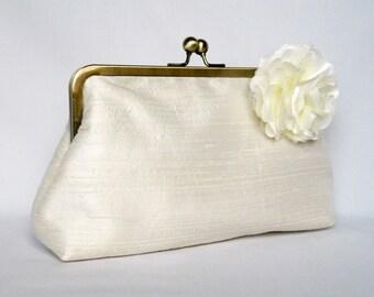 Bridal clutch purse, Ivory Dupioni Silk Clutch Purse, Wedding Clutch Purse, Ivory Silk Clutch, Floral Silk Clutch,Bridesmaids Clutch