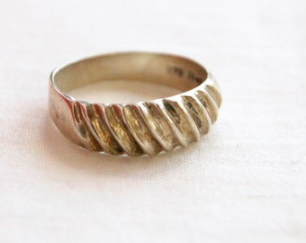 Corrugated Ring Band Size 8 Vintage Mexican Sterling Silver Unisex Striped Lined Textured Stacking Ring Taxco Mexico