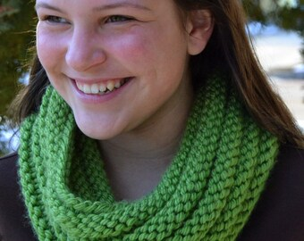 Hand Knit Cowl Infinity Scarf, BOSSO - GRASS GREEN Ribbed Neckwarmer (1123)
