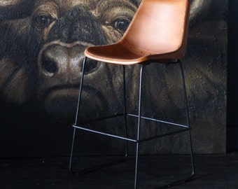 Deluxe Road House / Saddle Bar Stool 67cm
