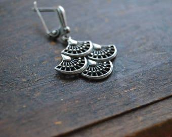 Vintage Soviet silver earring, ONE single earring, Russian earring, sterling silver earring,vintage earring, Soviet sterling jewellery